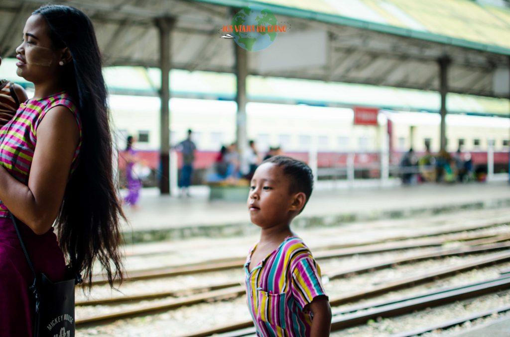 Estación de tren de Yangón