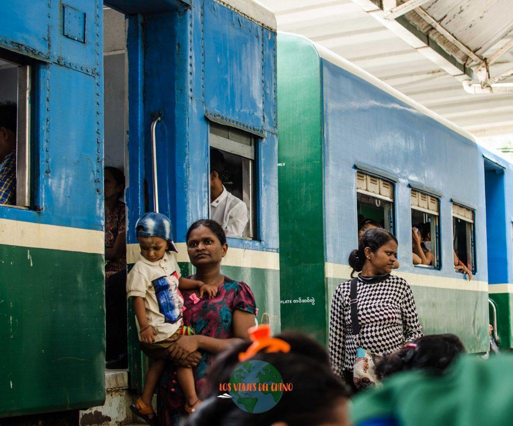 gente de Yangón