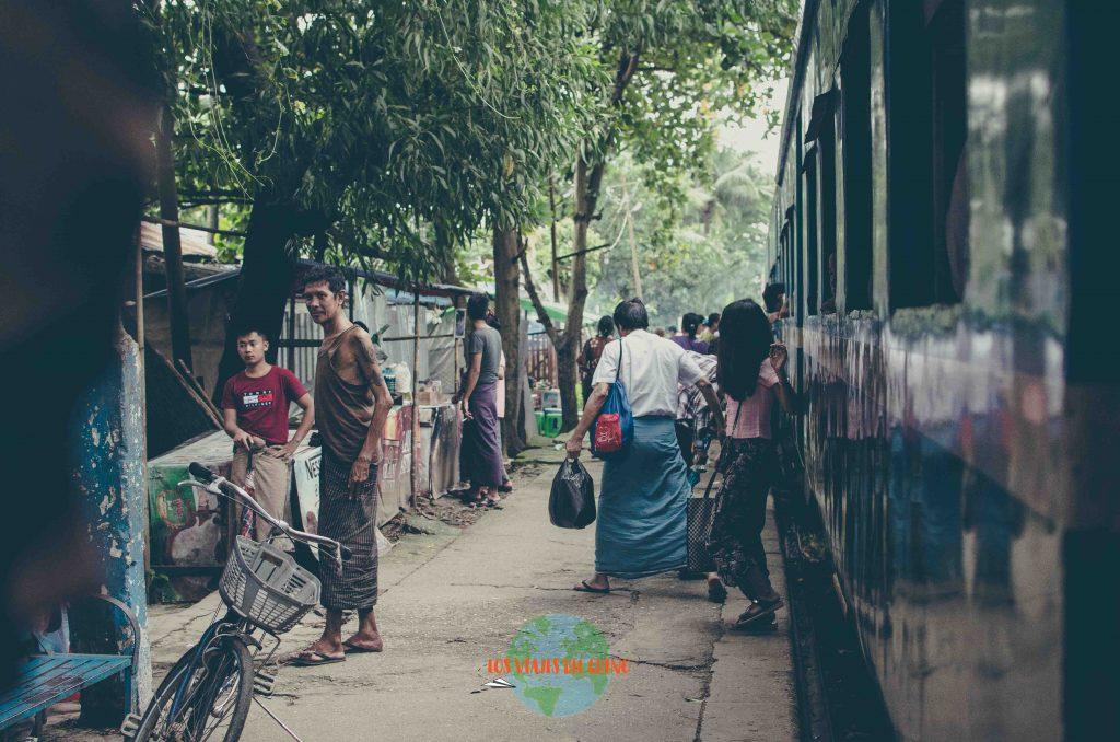 Tren circular de Rangún