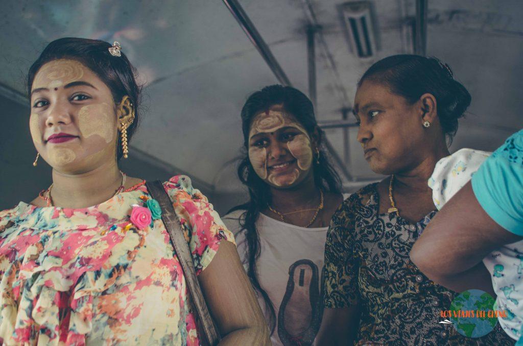 mujeres de Myanmar
