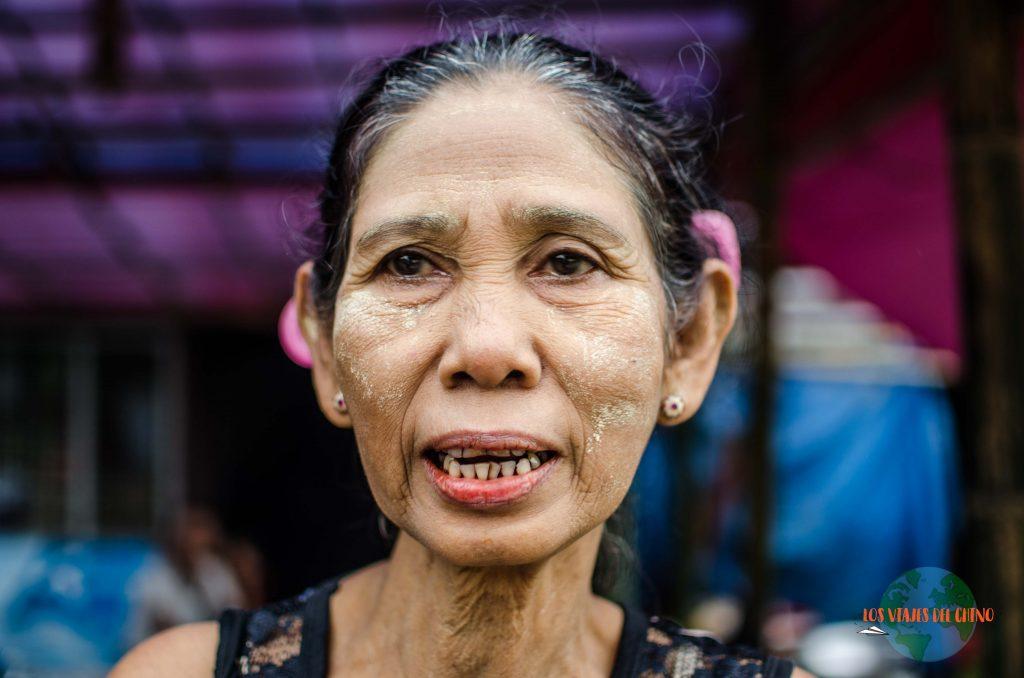 las caras de Yangón
