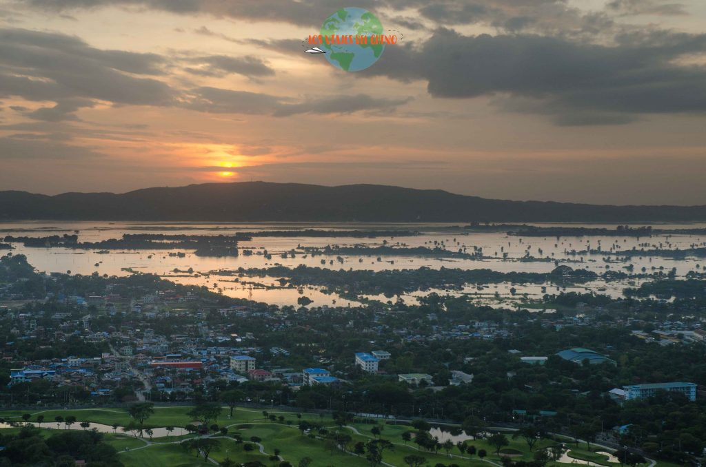 atardecer en Mandalay