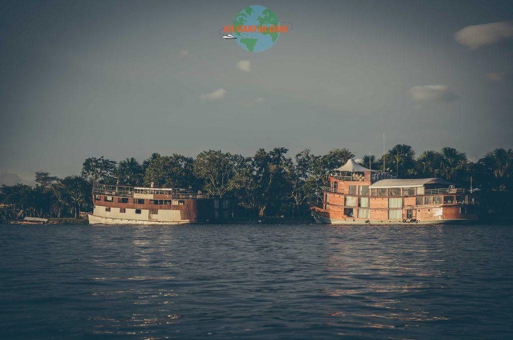 Sí se puede ir en barco a Iquitos