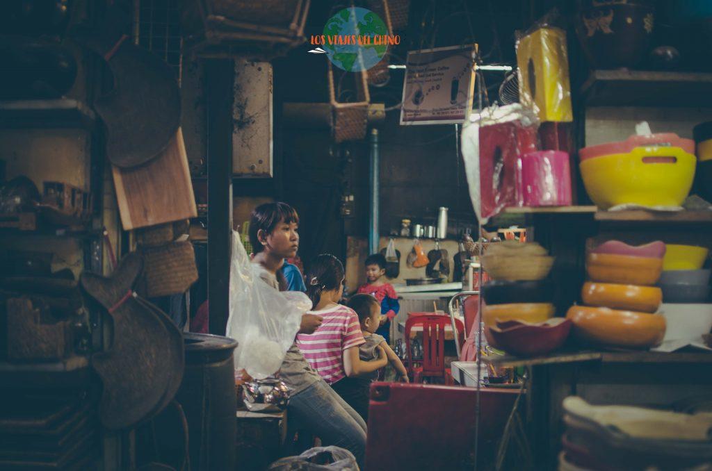 Recorrer los mercados de Camboya