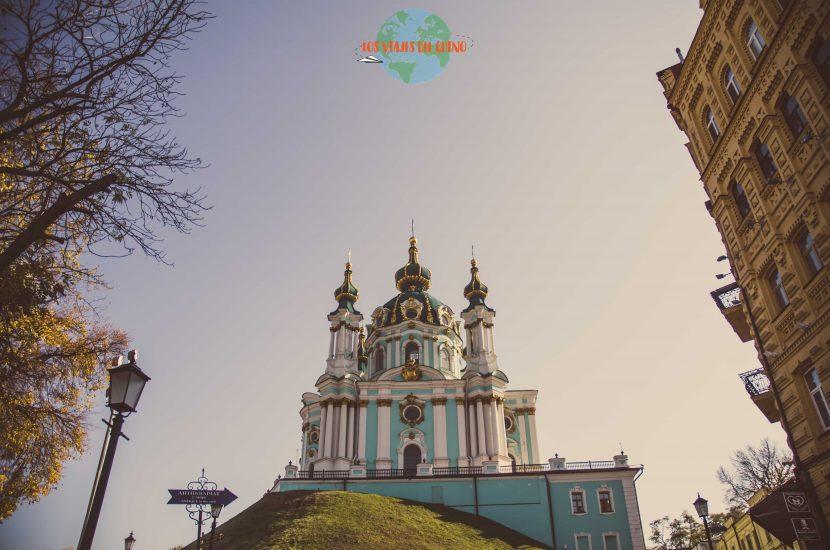 Visitar iglesia de San Andrés en la capital ucraniana