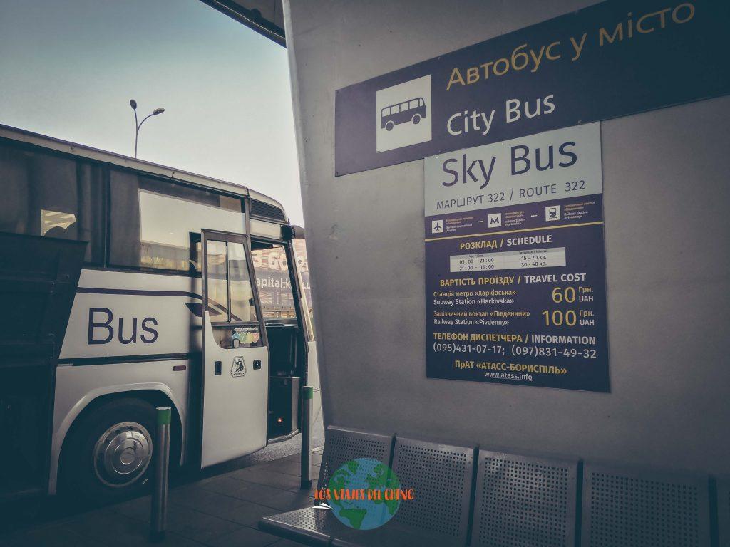 ir desde el el aeropuerto al centro de Kiev