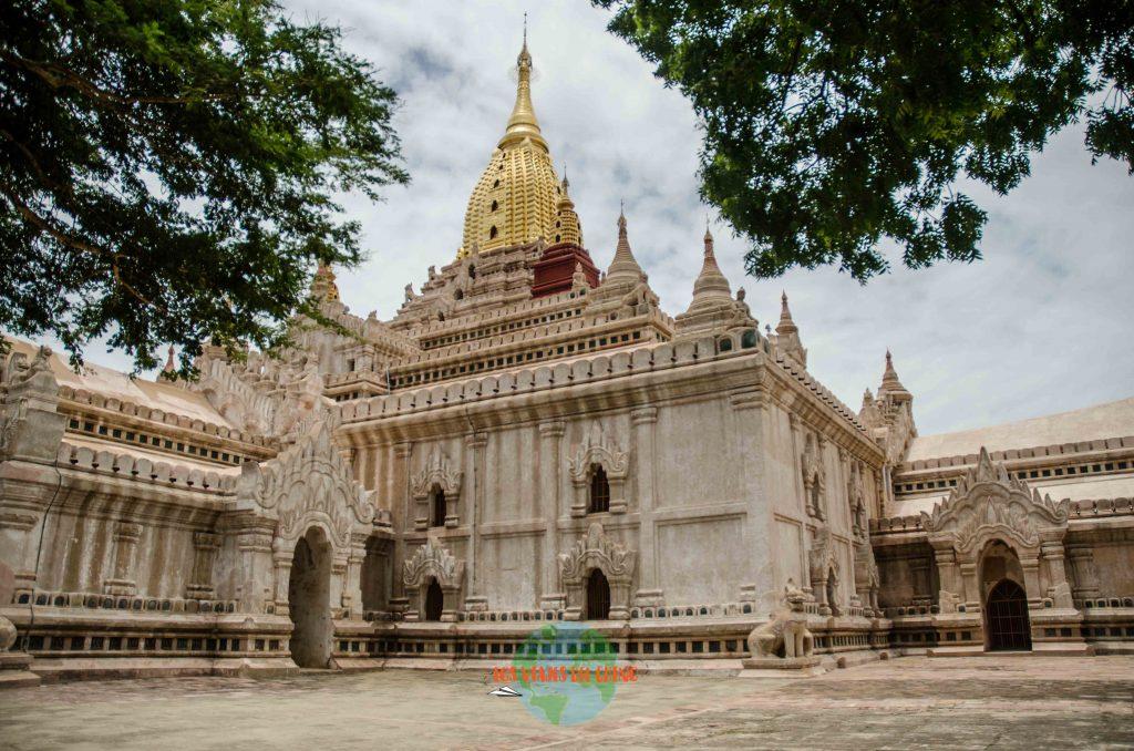 Templo Ananda en Bagan